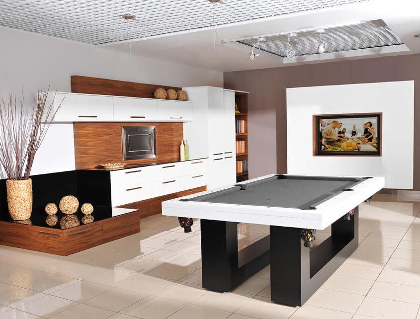 Stół do bilarda w kuchni
