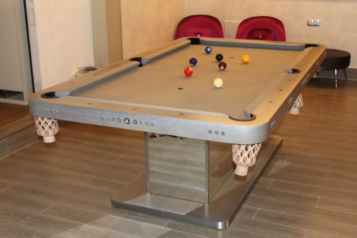 ekskluzywny stół bilardowy