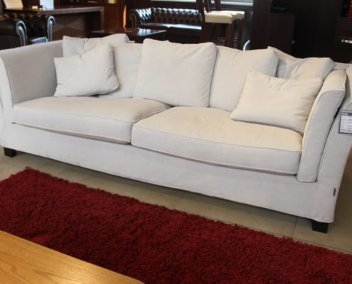 Sofa outlet