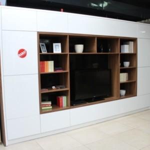 OUTLET – Zabudowa telewizyjna na wysoki połysk 390 cm