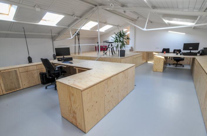 Meble biurowe według projektu na wymiar