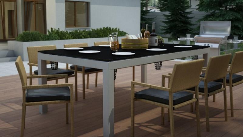 Meble ogrodowe - stół jadalniany do ogrodu