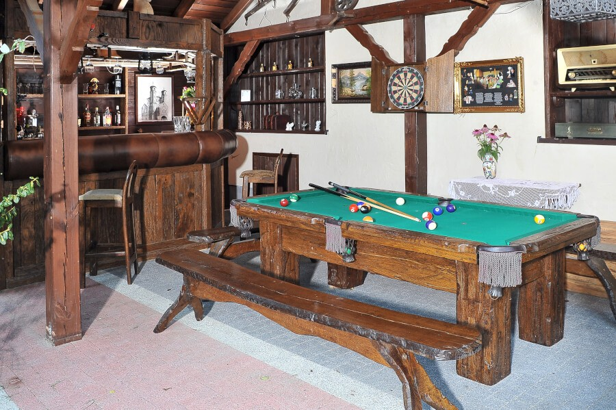 Rustykalny stół bildary