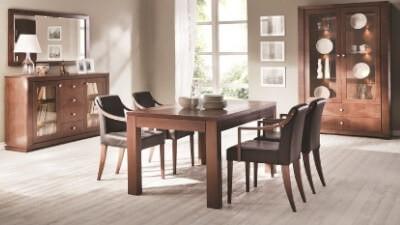 Stoły z krzesłami do jadalni