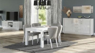 Stoły z krzesłami do salonu