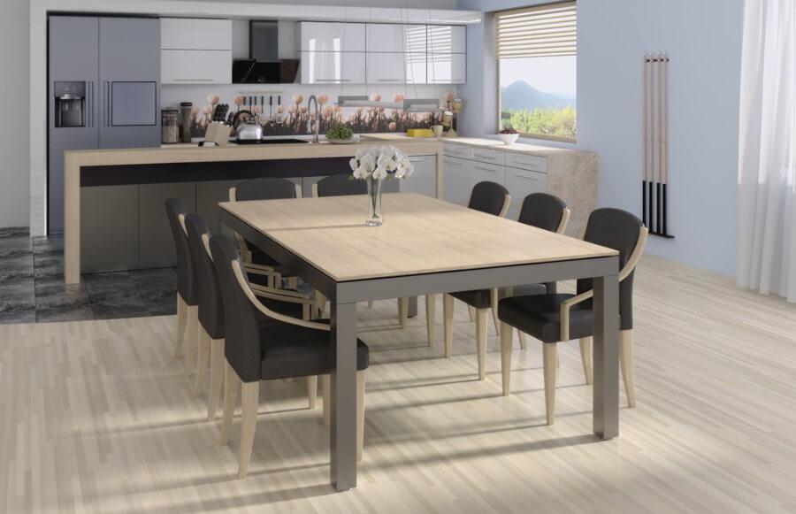 Wielofunkcyjny stół